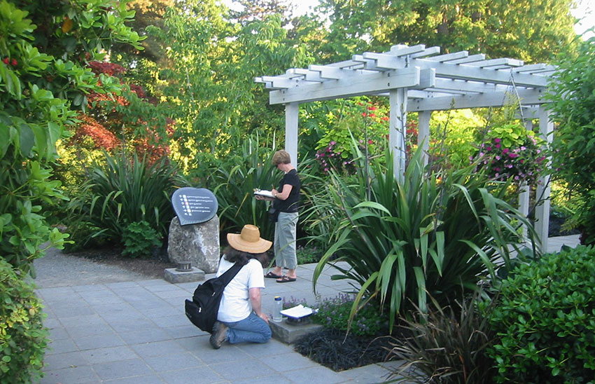 Ideas can be gleaned from border plantings and structures at Bellevue Botanical Garden